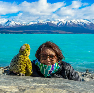 Patty and the cheekiest kea! by @belenrada