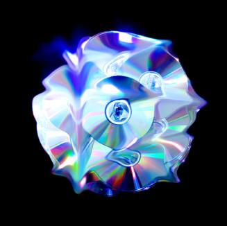 Distorted Discs