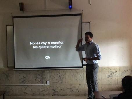 Leandro Fagúndez, fundador de OGreat, dio conferencias de marketing digital en Ecuador
