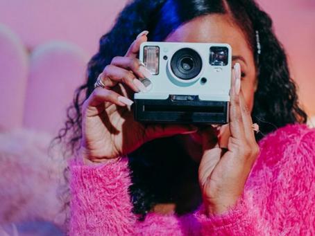 Los millennials y los centennials aprietan el gatillo de las compras en las redes sociales