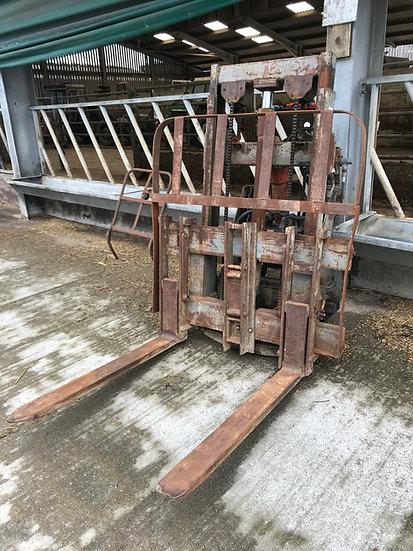 Cameron Forklift