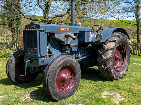 Classic Tractor Collection - Case L