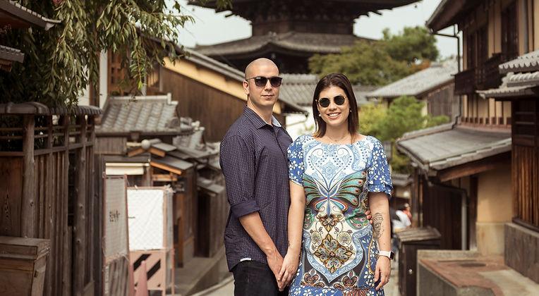 Lari e Renan no Japão