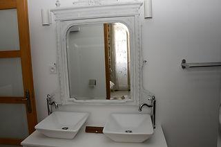 Nostra Demora/ salle de bain chambre du Roy: meuble vasque