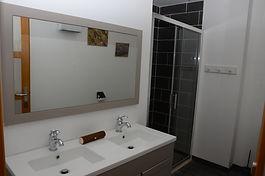 Vedrines's Bathroom.JPG