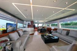 Sea Stella interior 85 08.jpg