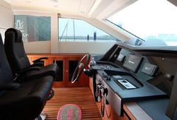 Sea Stella interior 95 12.jpg