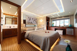 Sea Stella interior 85 09.jpg