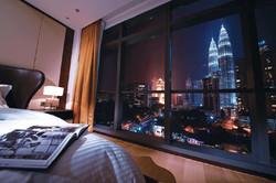 Ritz Carlton Full height curtain wall.jpg