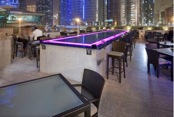 Hotel bar outside terrace02.jpg