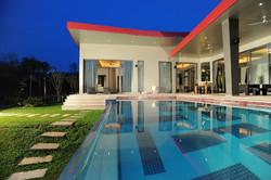 Hua Hin Baan Ing Phu villa interior 03.jpg