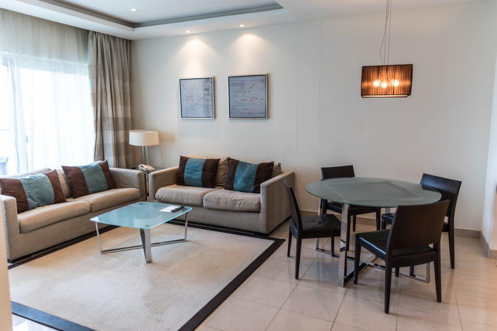 Living room 02.jpg