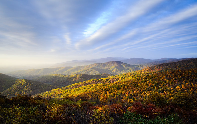 Overlook at Blue Ridge Mountains.jpg