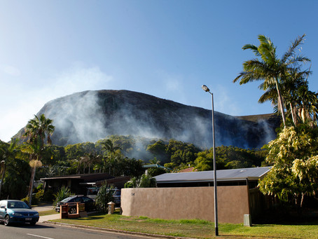 Mt.Coolum Burns Again