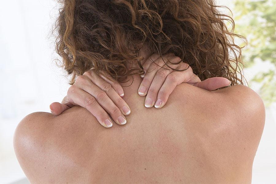 首肩こりの要因 鍼灸 自律神経 更年期障害