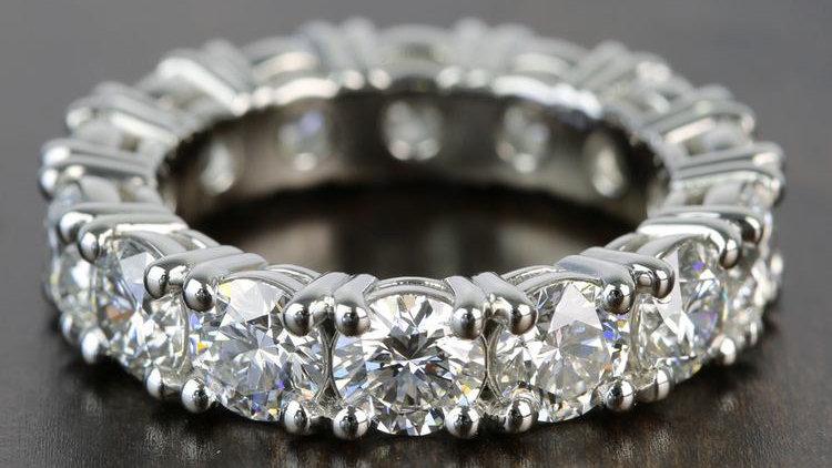 Eternal Grace Ring (Round)