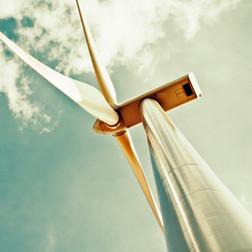 Onshore / offshore wind
