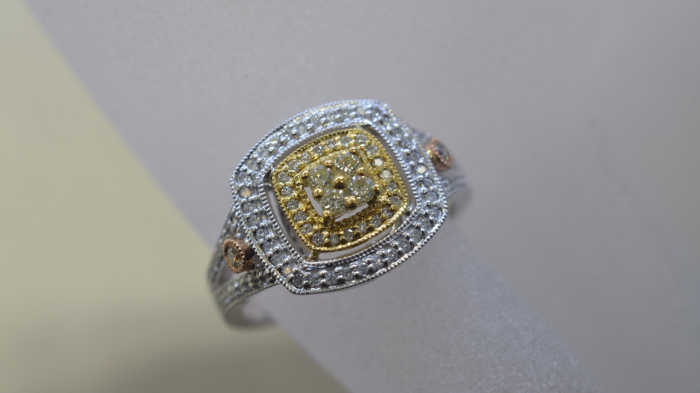 14K Tricolor Diamond Ring
