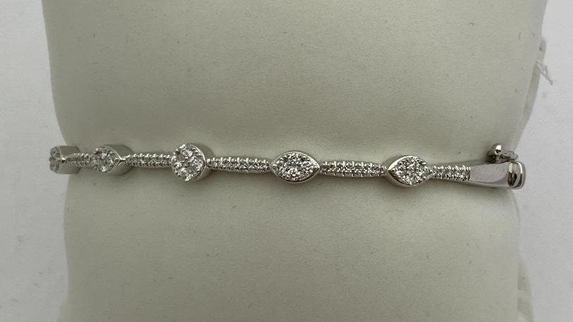 14K White Gold Bangle Bracelet