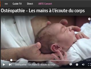 REPORTAGE INÉDIT SUR LES BIENFAITS, LES LIMITES ET LES AVANCÉES DE L'OSTÉOPATHIE SUR ARTE
