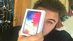 Iphone 11 Unboxing Fails 3.jpg