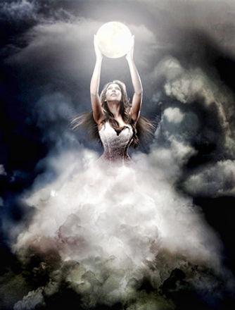 Selene-Greek-Goddess.jpg