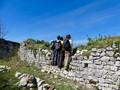 Ruine du chateau de Saint barthélemy - Randonnée à la journée Pyrénées - la vue des cimes