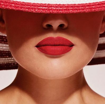 Happy-lipstick-day-n.jpg