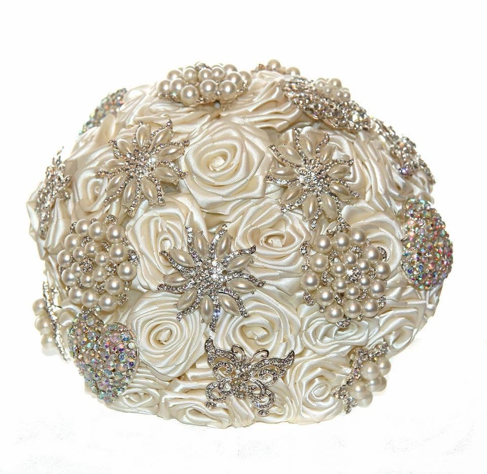 Artificial Brooch Bouqet