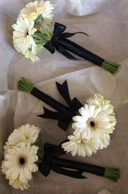 Fresh Gerbera Hand Ties