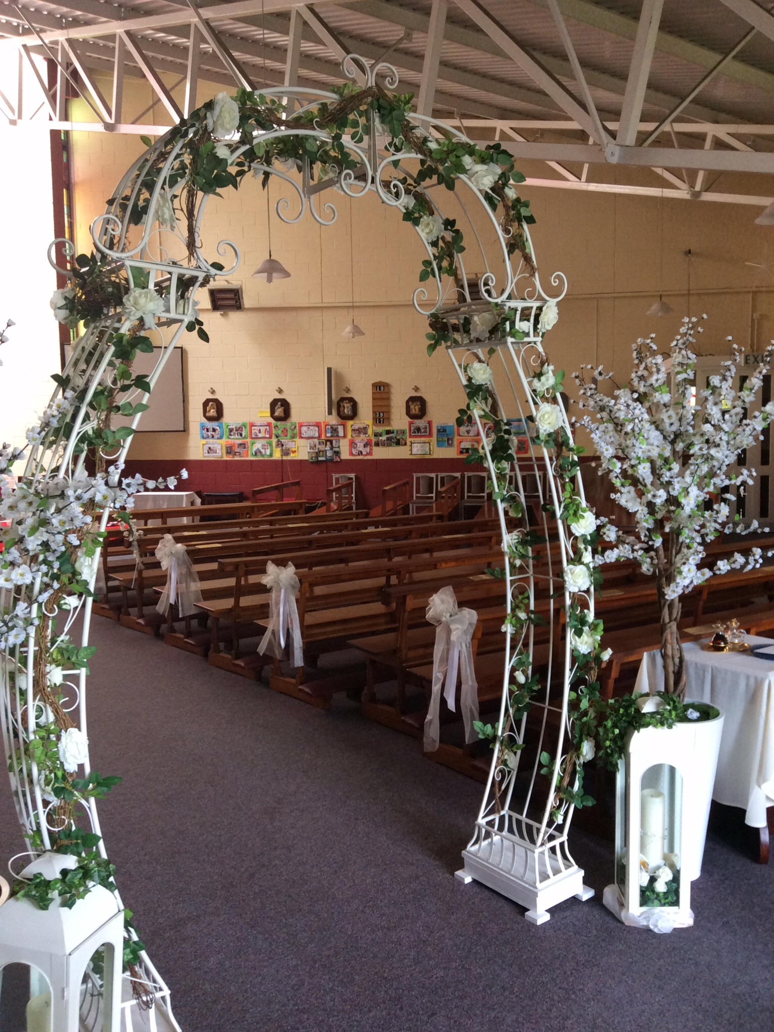 White Floral Arch 7