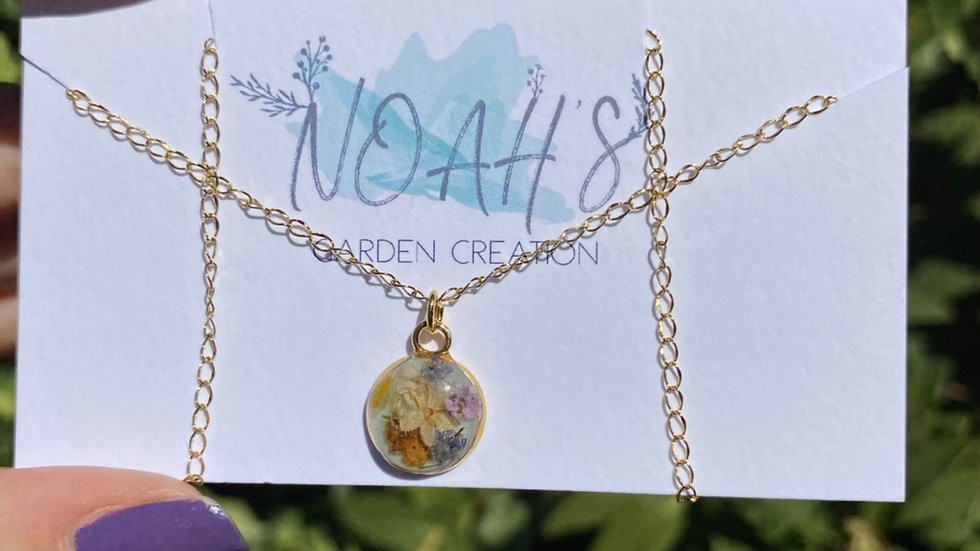 Flowers Power Necklace