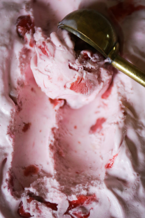 Yorvale Ice Cream Strawberry 2ltr