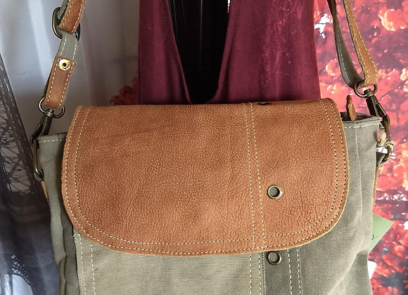 Canvas bag with Leather Accents