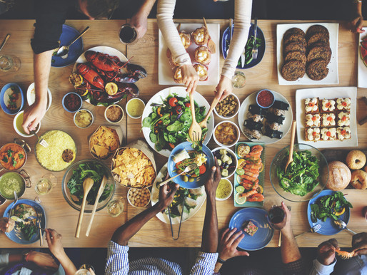 How to Keep an Open Mind (and Avoid Fighting) Around the Holiday Dinner Table