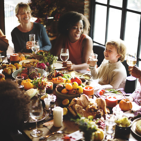4 Holiday Health Hacks to Stay Happy & Healthy