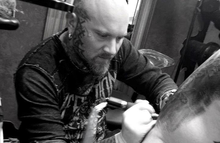 Tattoo Dydy at work