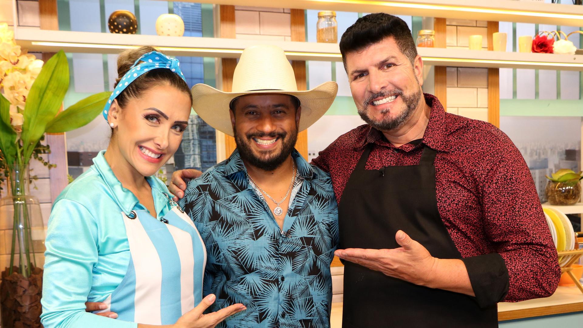 Programa Cozinha Amiga TV Gazeta com Casal Ricco