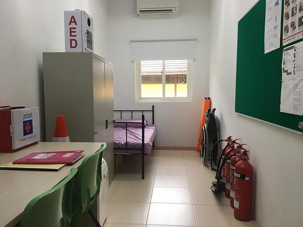 NParks-Set-Up-First-Aid-Room-on-Pulau-Ub