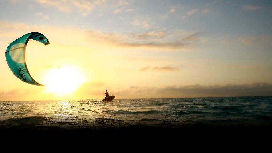 Kitesurf-Praia-Farol.jpg