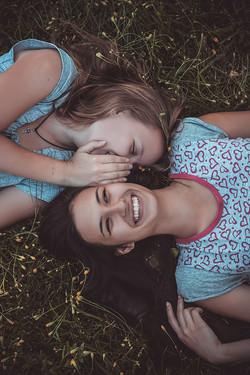 Модели: Сания и Настя