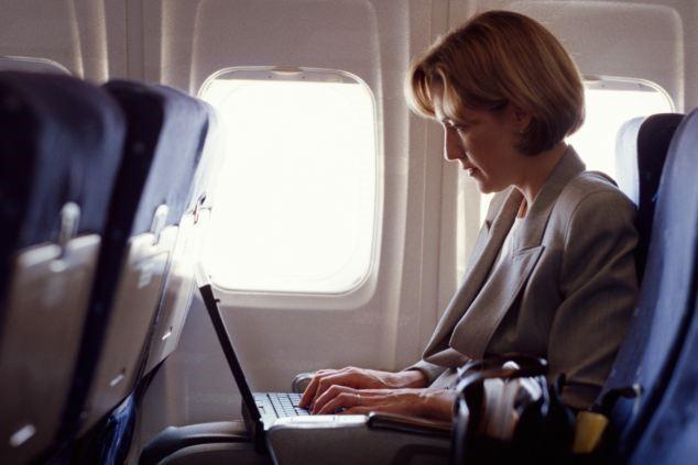 Os clientes da sua agência poderão acompanhar online todas as despesas com viagens corporativas.