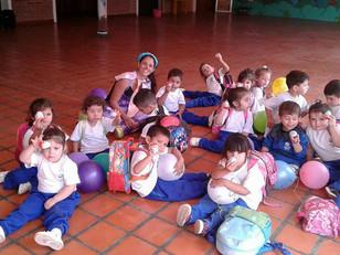 Muchas Gracias a Ferrero Rocher por la donación de Huevitos de Pascua para nuestros alumnos.