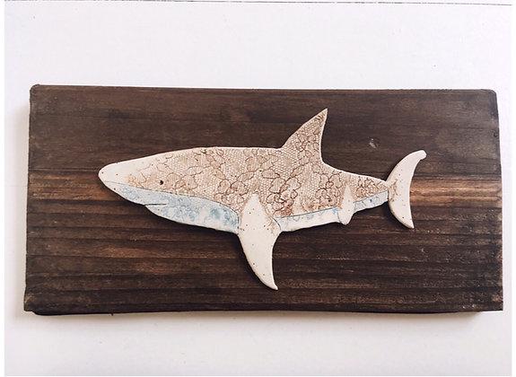 Cuadro tiburón cerámica flor