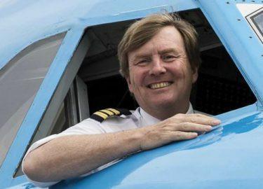 Rei co-piloto da KLM