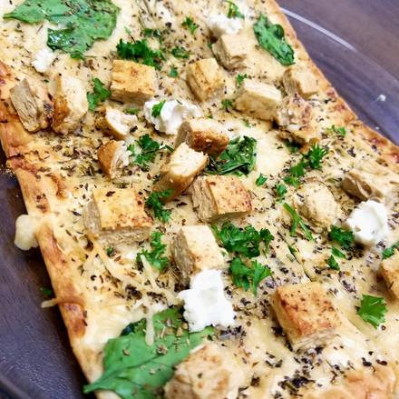 Spinach Chicken Flatbread.jpg