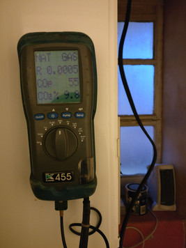 Servicing a Boiler With Flue Analyser