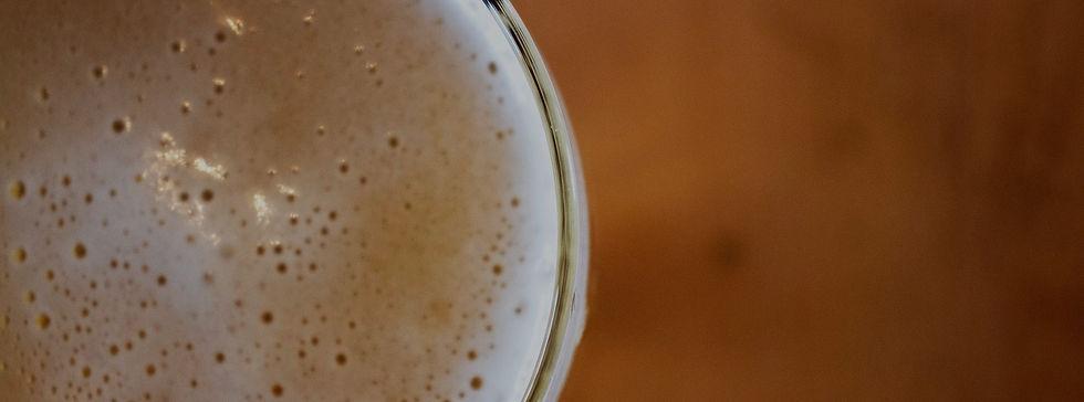 Bar near Westlake Village, CA serving cold beer.