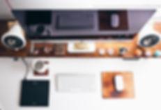 Graphic Designer Schreibtisch
