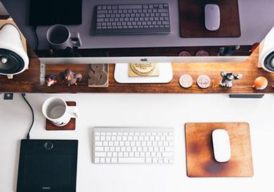 Interio Designer Desk